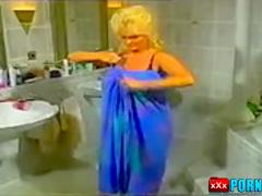Amazing retro porn scene from the Golden Era