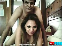 Desi Couples Nude Making her Sexy Fucking Video