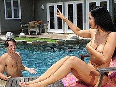My Friends Hot Mom (Isis Love & Tyler Nixon)