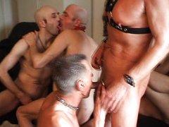 Gay-Bareback-Groupsession-Part2