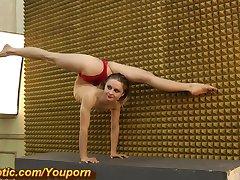 Sandra amazing flexible body (HD)