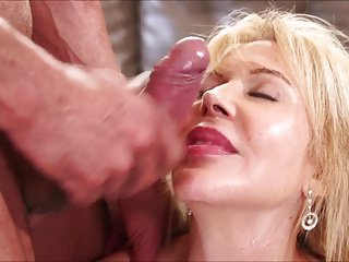 Older lady in gangbang - Swingerselsfrank