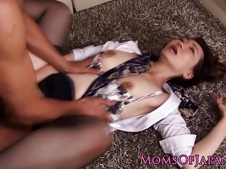 Asian milf gets double penetration in trio