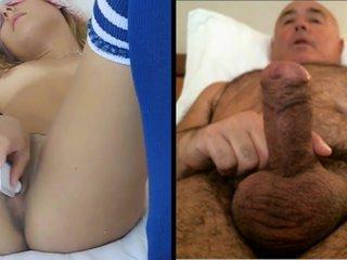 Home es masturba mirant una noia calenta