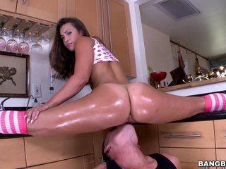 Sizzling Brunette Pornstar Enjoying A Hardcore Fuck In Her Kitchen